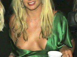 Britney Spears Pelada mostrando buceta e peitos