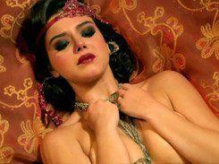 Giovanna Lancellotti fazendo cena de sexo novela