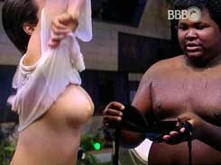 Ana Paula do BBB Bebada mostrando peito e boceta