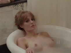 Angelina Jolie pelada nua em cenas de filme