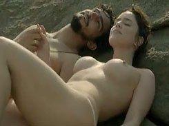 Fernanda Vasconcellos pelada mostrando peitão