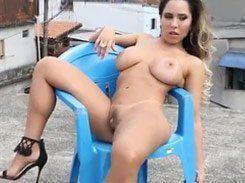 Mulher Melão super gostosa pelada nua na sexy