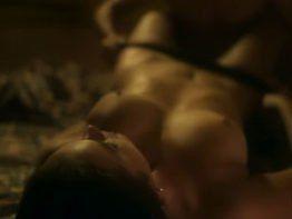 Bruna Marquezine pelada nua transando em porno