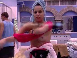 Mayla Araújo do BBB 17 pagando peixinho na TV