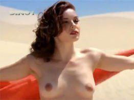 Regiane Alves pelada nua fazendo filme porno